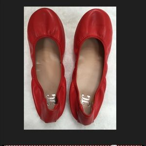 🎈🎈 Journee collection red flexible ballet flat